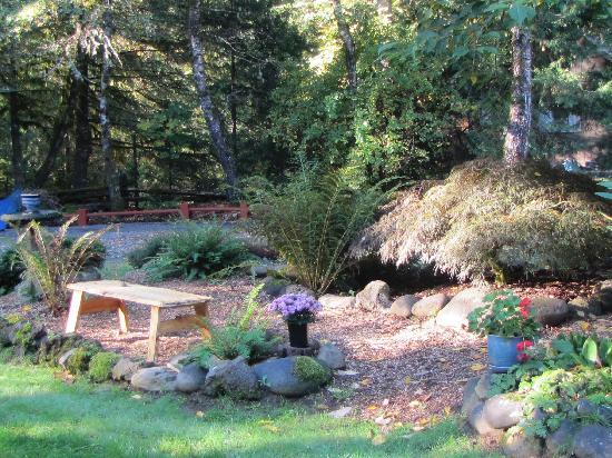 Caddisfly Resort LLC: grounds