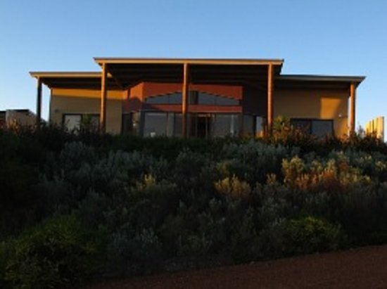 Redgate Beach Escape: Chalet Isaacs at Sunset