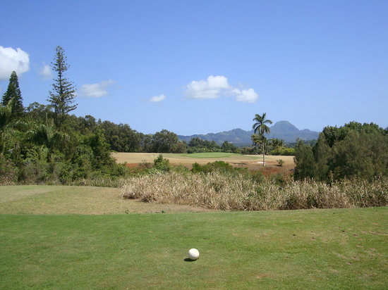 Kukuiolono Golf Course: From the tee box to the 6th green