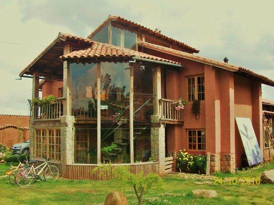 La Casa de Barro Lodge & Restaurant: FACHADA