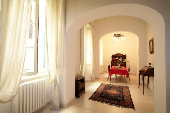 B&B Il Gattopardo Firenze: Altra zona del soggiorno