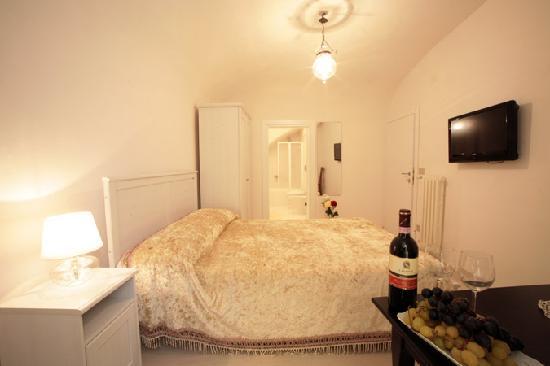 B&B Il Gattopardo Firenze : Altre camere dell'apartamento