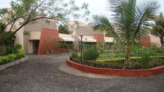Zoia Mountain Spa & Resorts: Entrance