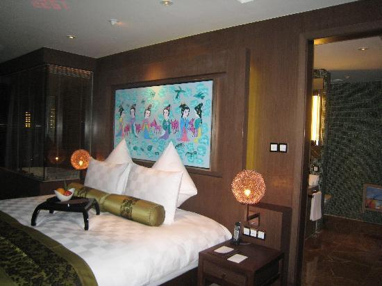 Pudi Boutique Hotel: bed