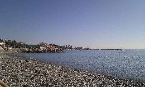 Cagnes-sur-Mer, Prancis: the beach at Cagnes