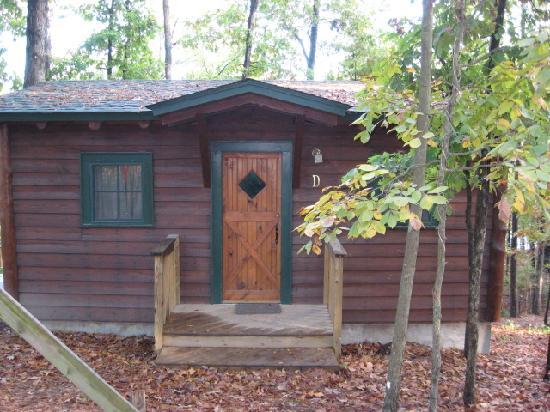 Five Points Cabins: Cabin D