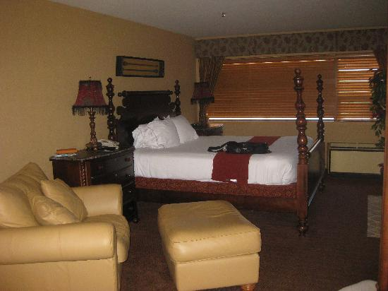 Holiday Inn Express & Suites - Saint John: bedroom
