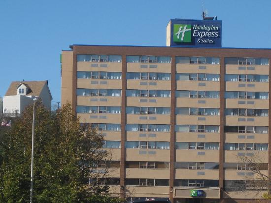 Holiday Inn Express & Suites - Saint John: exterior