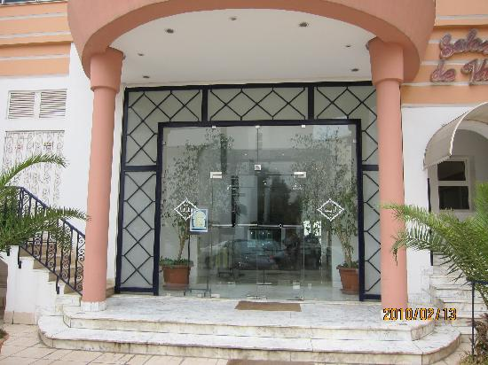 Hotel Ariha : entrance