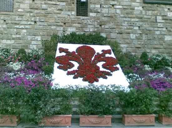 La fleur de lys symbole de la ville de florence photo de florence province de florence - Symbole fleur de lys ...