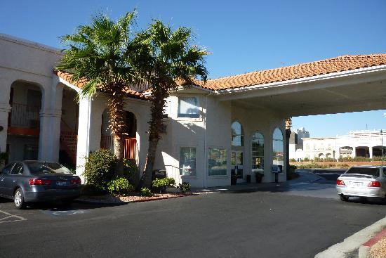 BEST WESTERN Mesquite Inn : Hotel Exterior