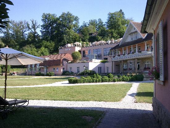 BollAnt's im Park: Eingangs- und Hauptgebäude