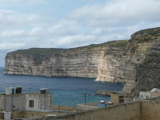 Villa Bronja : Xlendi Cliffs from the roof sun terrace