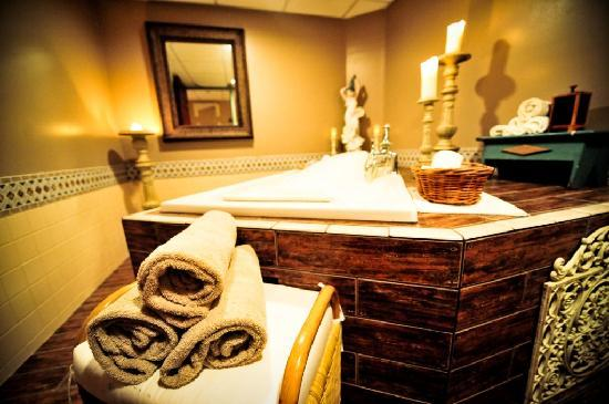 common man inn spa updated 2017 prices hotel reviews. Black Bedroom Furniture Sets. Home Design Ideas