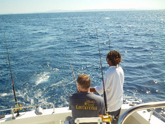 Fish on picture of stanley 39 s deep sea fishing negril for Deep sea fishing jamaica