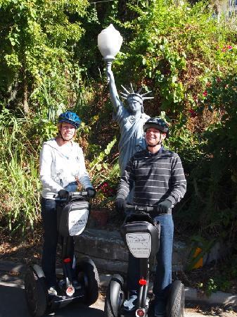 Mount Dora, FL: statue of liberty