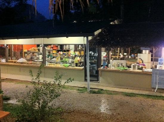 Adeline Villa & Rest House: the open cafe