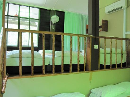 Adeline Villa & Rest House: the roomy rooms that fit 10