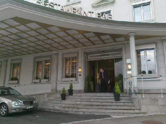 Einstein St.Gallen Hotel Congress Spa: L'entrée