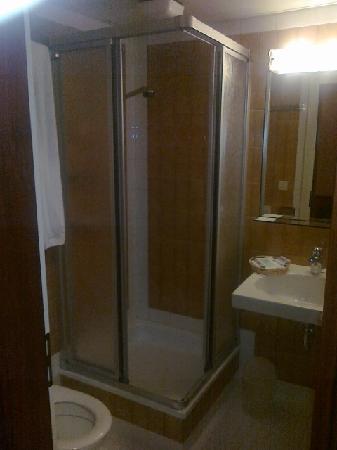 Einstein St.Gallen Hotel Congress Spa: La salle de bain