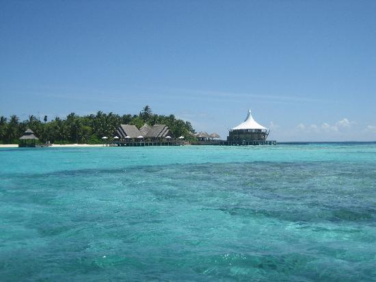 Baros Maldives: Arriving On Speedboat