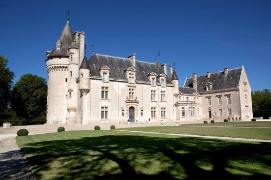 Chateau sogeant saint caprais de bordeaux france b b for Hotels near bordeaux france