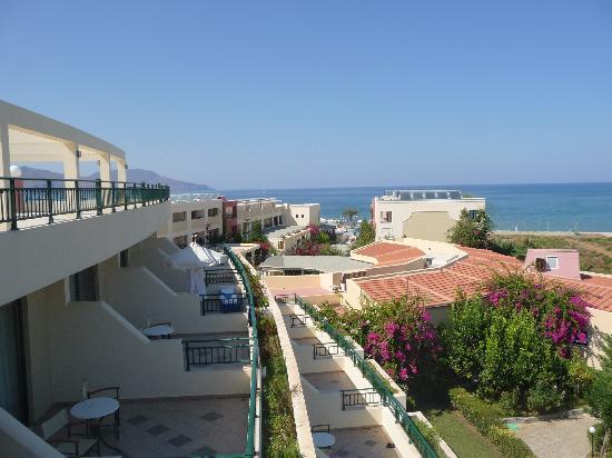 Hydramis Palace Beach Resort: Vue de l'hotel
