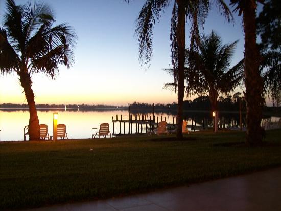 Lake Placid, Floride : Sitting outside