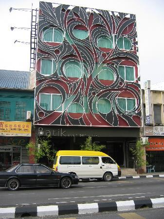Batik Boutique Hotel: Frontview of the Batik Hotel