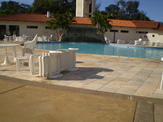 Wish Resort Golf Convention Foz do Iguaçu : ホテルの中にあるプールです。