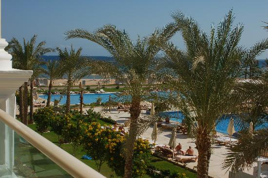 Sensimar Premier Le Reve: View to the sea and beach