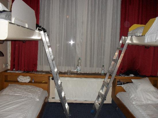 ECONTEL HOTEL Berlin Charlottenburg: Vierbettzimmer