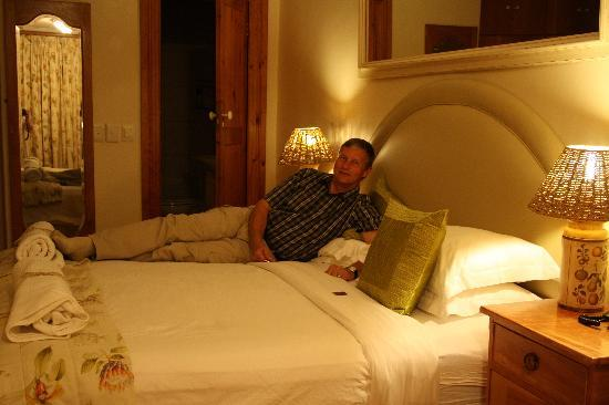 Table Mountain Lodge: Our lovely room
