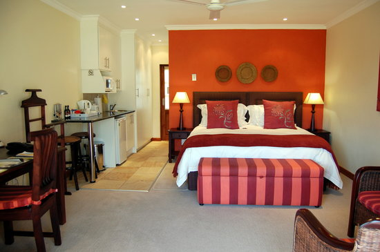 Rivonia Bed & Breakfast: Luxury Room w/ kitchenette