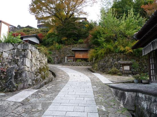 Nakatsugawa, Japan: 馬籠宿の町並み