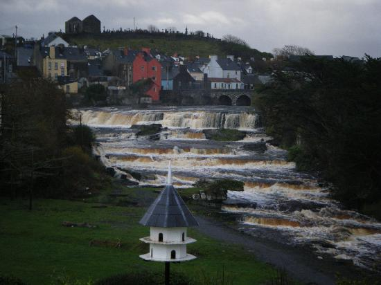 Ennistymon, Ireland: the falls
