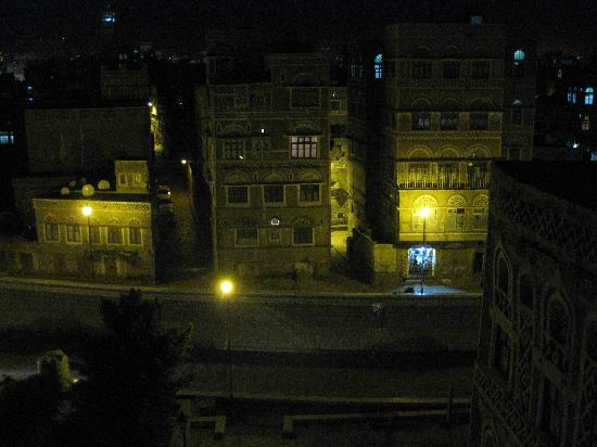 Sanaa, Jemen: window view night