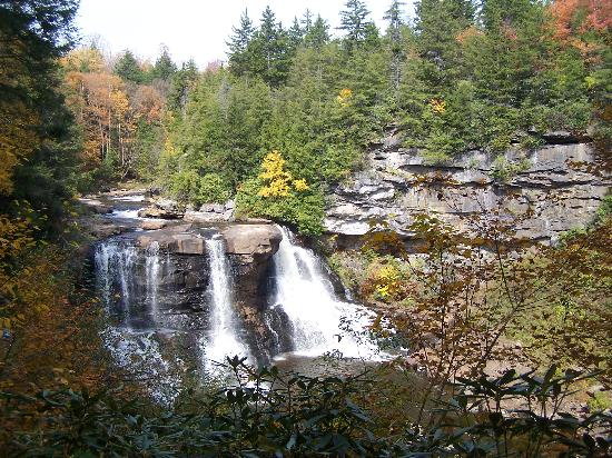 Blackwater Falls State Park Lodge: Blackwater Falls, Oct. 13, 2010