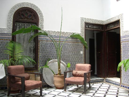 Riad Tizwa Fes: inside Riad Tizwa