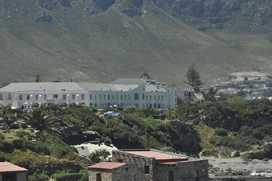 The Marine Hermanus: View of hotel from beach walk