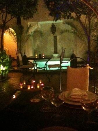 Riad Dar Dialkoum: Vue lors du dîner