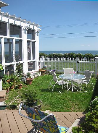 Talcott House: The Norris Suite Porch