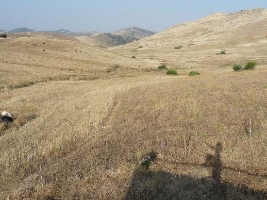 Gite Nerrahte: serene surrounding rolling hills