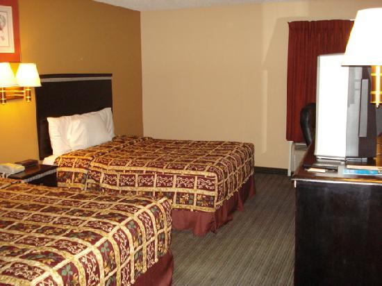 Scottish Inn Allentown: Beds