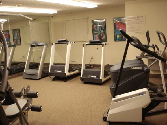 Candlewood Suites Somerset: Fitness room