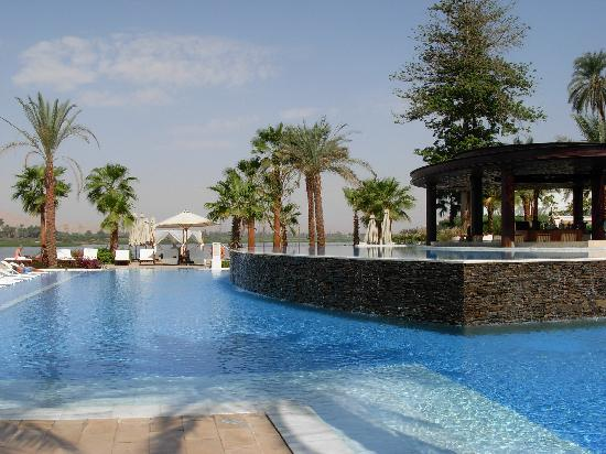Hilton Luxor Resort & Spa: Pool