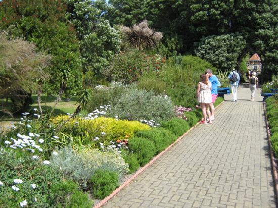 Τρέσκο, UK: one of brick walk ways throughout the gardens