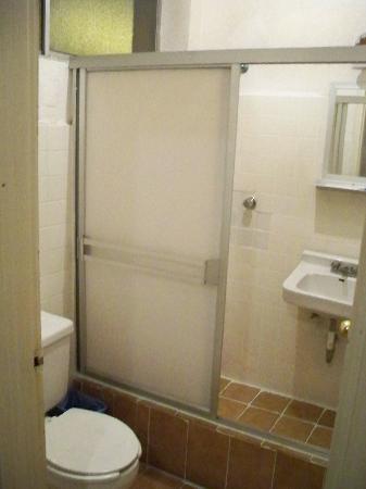 Hotel del Cobre : el baño!