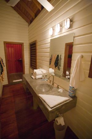 Pagua Bay House Oceanfront Cabanas : Inside Cabana 1