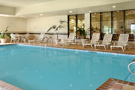 Wingate by Wyndham Indianapolis Northwest : Indoor Pool